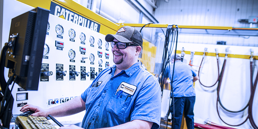 complete hydraulic employees working
