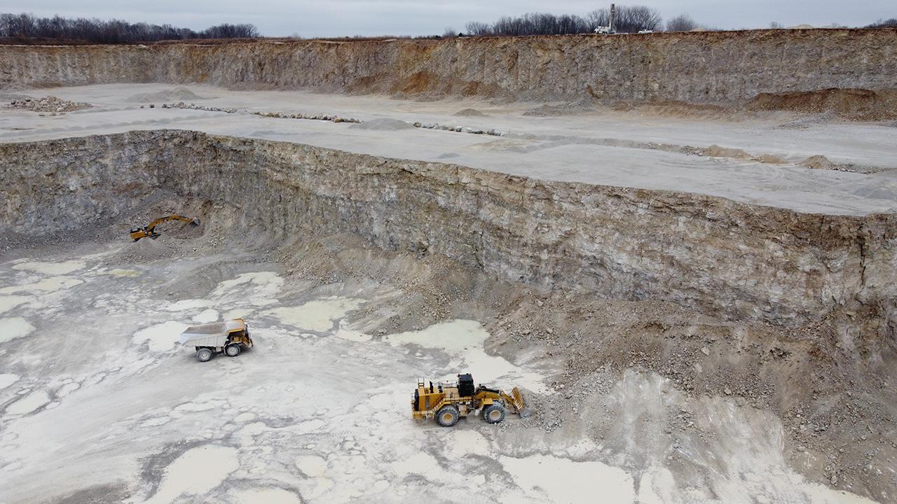 US Aggregates high wall at a quarry