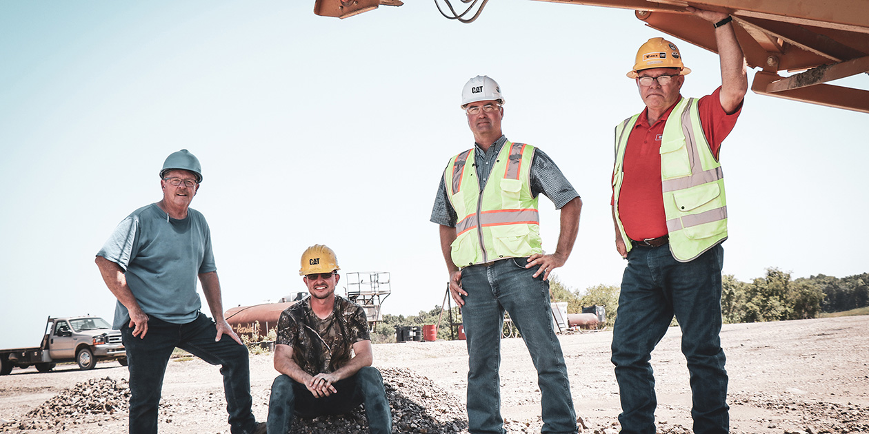 Group photo on-site with IROCK Crushers